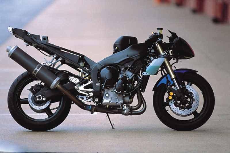 108760yamaha-yzf-r1-2002-m